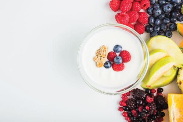 Nên ăn sữa chua sau buổi tập nặng?