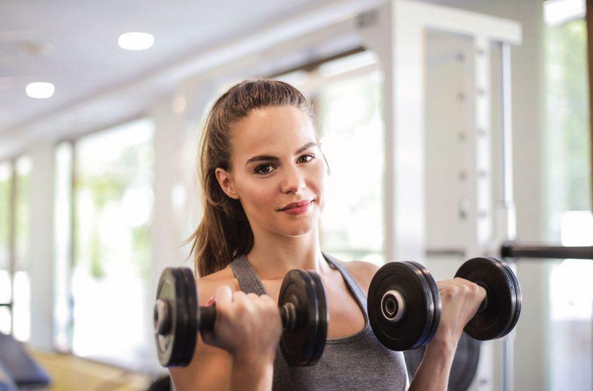 Đi đến phòng tập gym thường xuyên nếu bạn là người khó tăng trưởng