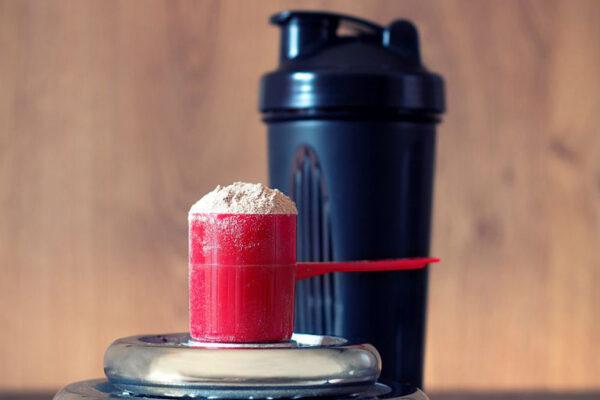 Whey protein chứa một loạt các axit amin thiết yếu đáng kinh ngạc, được hấp thụ nhanh chóng.